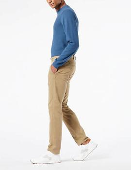 Pantalón Dockers Supreme Flex tapered beige